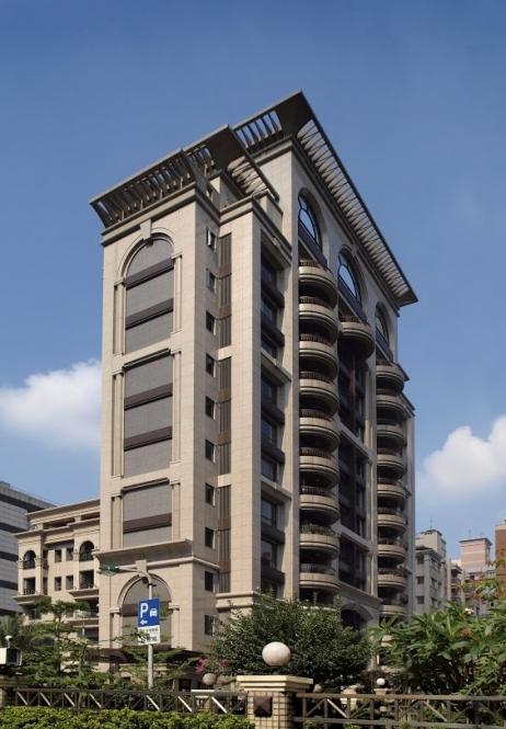 Hung Tai Royal Palace Housing