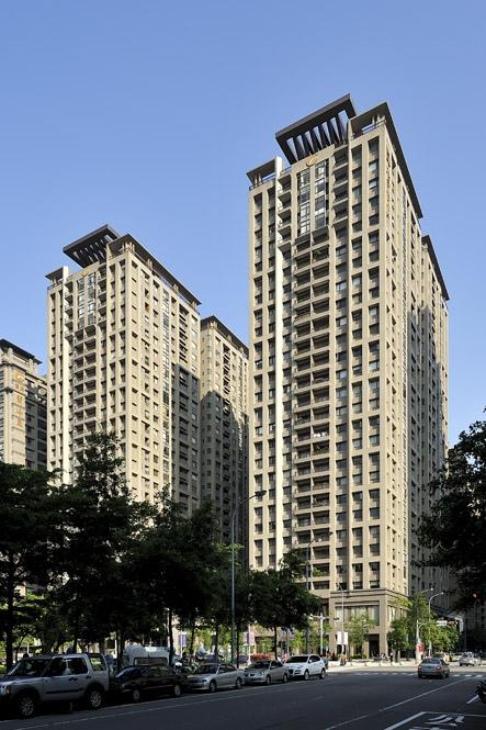 Farglory Harvard Housing